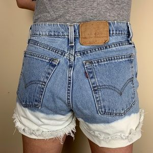 Vintage Levi's 560 High Waisted Distressed Cutoffs